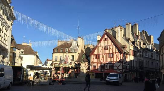 Projet sur la centralité et ses espaces – Place du Village